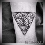 тату роза в треугольнике - фото пример классной татуировки от 14072016 2