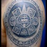 Tattoo Sonne Azteken - ein kühles Foto des fertigen Tätowierung auf 14072016 3