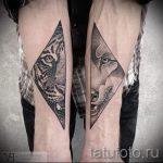 Tiger dans un tatouage triangle - Photo exemplaire d'un tatouage frais sur 14072016 1