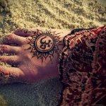 soleil tatouage avec le mot - cool photo du tatouage fini sur 14072016 1