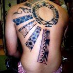 soleil tatouage sur son dos - une photo fraîche du tatouage fini 14072016 2