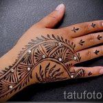 красивое мехенди на руке - фото временной тату хной 5211 tatufoto.ru