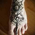 мехенди на ноге цветы - варианты временной тату хной от 05082016 9197 tatufoto.ru