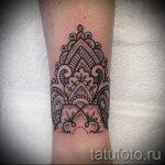 мехенди на руке браслет - фото временной тату хной 8261 tatufoto.ru