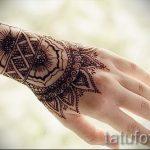 мехенди на руке в виде браслета - фото временной тату хной 1269 tatufoto.ru