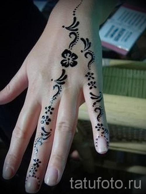 Легкие татуировки хной фото