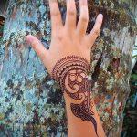 мехенди на руке легкие рисунки - фото временной тату хной 3338 tatufoto.ru