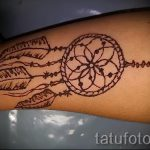 мехенди на руке ловец снов - фото временной тату хной 12358 tatufoto.ru