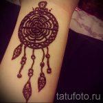 мехенди на руке ловец снов - фото временной тату хной 7353 tatufoto.ru