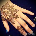 мехенди на руке мандала - фото временной тату хной 2378 tatufoto.ru