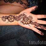 мехенди на руке цветок - фото временной тату хной 3443 tatufoto.ru
