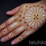 рисунки мехенди на руке - фото временной тату хной 5465 tatufoto.ru
