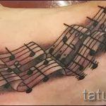 тату ноты на ноге - фото готовой татуировки от 02082016 8159 tatufoto.ru