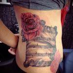 тату ноты розы - фото готовой татуировки от 02082016 1198 tatufoto.ru
