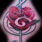 тату ноты розы - фото готовой татуировки от 02082016 2199 tatufoto.ru