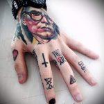 фото - крутые тату на пальцах - пример 9267 tatufoto.ru