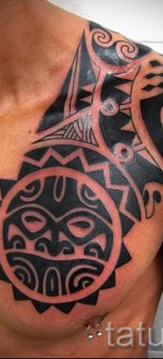 Foto – Tribal Tattoo auf Schulter Männer – ein Beispiel für einen Artikel über die Bedeutung der 1008 tatufoto.ru