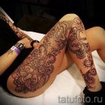 Mehendi sur la jambe sur la cuisse - options pour tatouage au henné temporaire sur 05082016 1089 tatufoto.ru