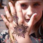 mehendi à portée de main pour les enfants - photo henné tatouage temporaire 1015 tatufoto.ru
