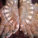mehendi Muster auf der Hand - eine temporäre Henna-Tattoo Foto 1080 tatufoto.ru