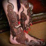 mehendi auf ihre Hand und Fuß - Optionen für temporäre Henna-Tattoo auf 05082016 1038 tatufoto.ru