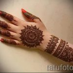 mehendi auf ihrem Arm Armband - Bild temporäre Henna-Tattoo 2059 tatufoto.ru
