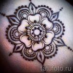 mehendi auf ihrem Arm Lichtmuster für Anfänger - Bild temporäre Henna-Tattoo 1065 tatufoto.ru