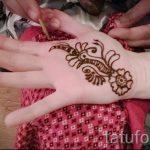 mehendi auf ihrem Arm ein wenig - Bild temporäre Henna-Tattoo 1061 tatufoto.ru