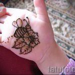 mehendi auf ihrem Arm ein wenig - Bild temporäre Henna-Tattoo 2062 tatufoto.ru