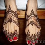 mehendi auf ihren Zehen - Optionen für temporäre Henna-Tattoo auf 05082016 2048 tatufoto.ru