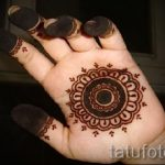 mehendi on hand at home - a temporary henna tattoo photo 1098 tatufoto.ru