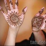 mehendi on her arm a child - a temporary henna tattoo photo 1114 tatufoto.ru