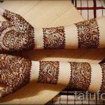 mehendi on her arm bracelet - Picture temporary henna tattoo 3119 tatufoto.ru