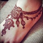mehendi on the leg bracelet - options for temporary henna tattoo on 05082016 1080 tatufoto.ru