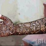 mehendi on the right hand - a temporary henna tattoo photo 1136 tatufoto.ru