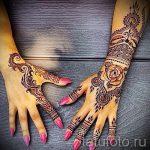 mehendi sur les deux mains - une photo de tatouage au henné temporaire 2151 tatufoto.ru