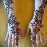 mehendi sur une photo à la main pour les filles - une photo de tatouage au henné temporaire 2180 tatufoto.ru