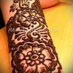 mehendi tatouage sur son bras - une photo de tatouage au henné temporaire 1182 tatufoto.ru