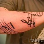 tatouage note sur sa main - une photo du tatouage fini 02082016 2027 tatufoto.ru