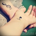 tatouage note sur son poignet - une photo du tatouage fini 02082016 1030 tatufoto.ru