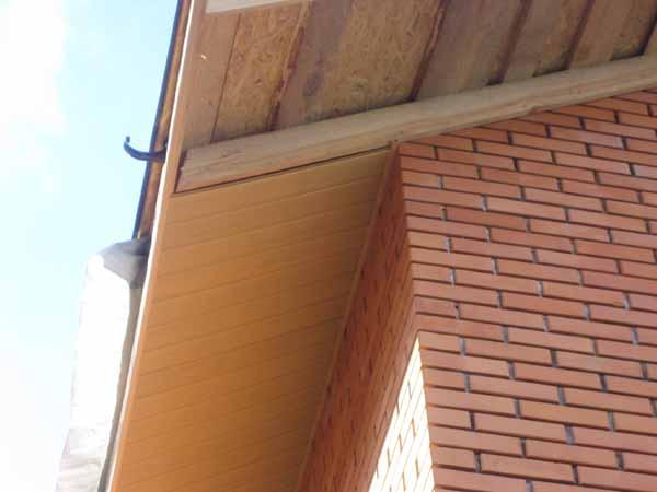 Как сделать подшиву на крыше после установки стропил - фото 1