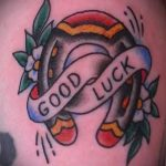оригинальный вариант татуировки на удачу и счастье - фото вариант