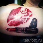 primer-tatuirovki-poceluj-ili-guby-foto-008-tatufoto-ru