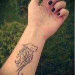 простые и красивые тату - фото готовой татуировки 02092016 17177 tatufoto.ru