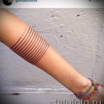 простые тату из линий - фото готовой татуировки 02092016 1233 tatufoto.ru