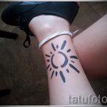 простые тату на икре - фото готовой татуировки 02092016 7261 tatufoto.ru