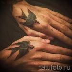 простые тату на кисти - фото готовой татуировки 02092016 5266 tatufoto.ru