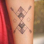 простые тату черно белые - фото готовой татуировки 02092016 7365 tatufoto.ru