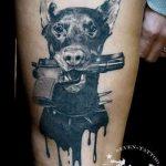тату доберман с пистолетом - фото готовой татуировки 01092016 1082 tatufoto.ru