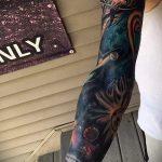 тату космос рукав - фото готовой татуировки 41181 tatufoto.ru